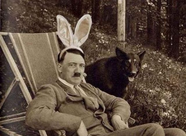 Hitler in gif animations (18 gifs)