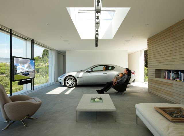 The best garage design for Maserati (2 pics)