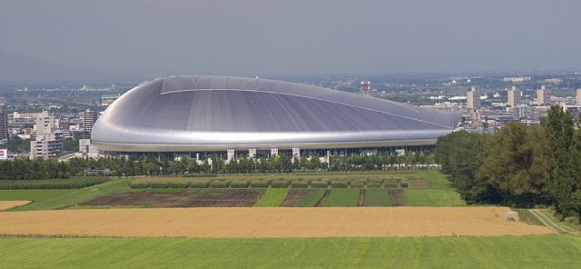 Sapporo Dome (10 pics + 1 video)