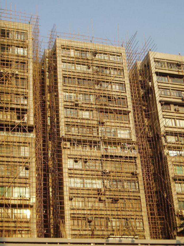 Bamboo scaffolding in Asia (66 pics)