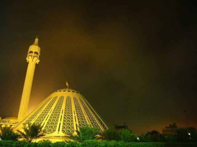 Impressive and beautiful mosques (47 pics)