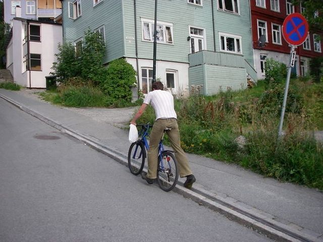 Trondheim – the first city in the world with a lift designed only for cyclists! (7 pics)
