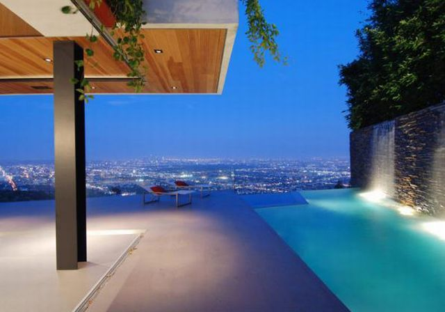 Modern houses. When Hollywood is at your feet (76 pics)