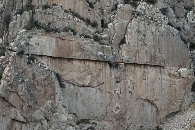 El Caminito del Rey – one of the most dangerous walkway in the world (8 pics)