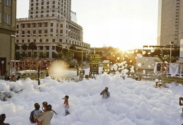 When there is a lot of foam (53 pics)