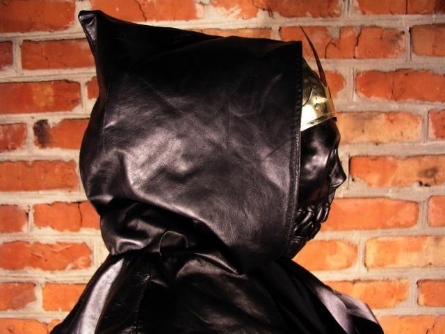 Weird costume of Death ! (6 pics)