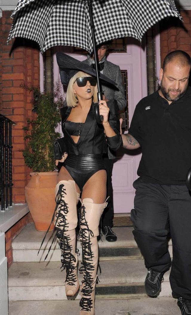 Lady Gaga vs Roisin Murphy (39 pics)