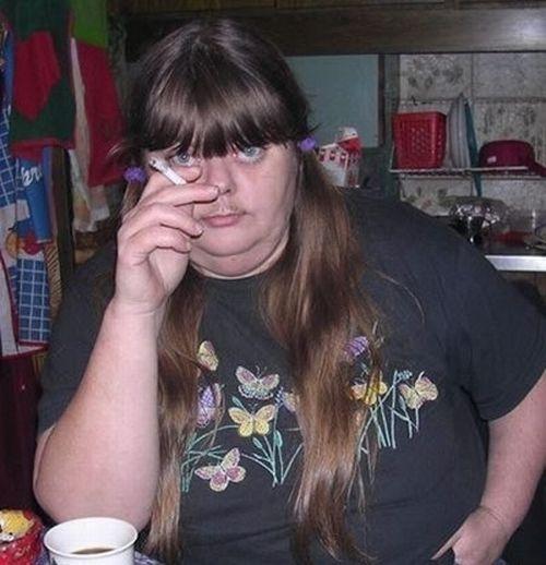 Women with mustache! (16 pics)