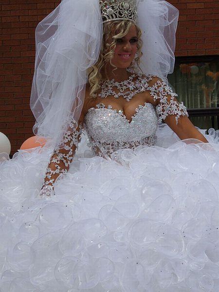 A big wedding (11 pics)