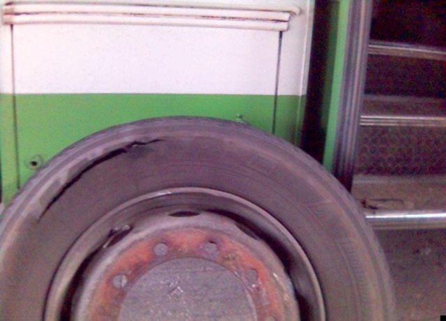 Wheel's explosion (7 pics)