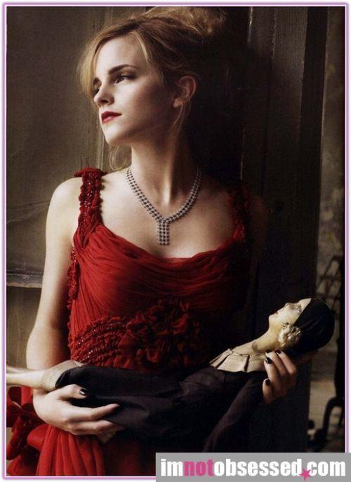 Emma Watson in Vogue magazine (9 pics)
