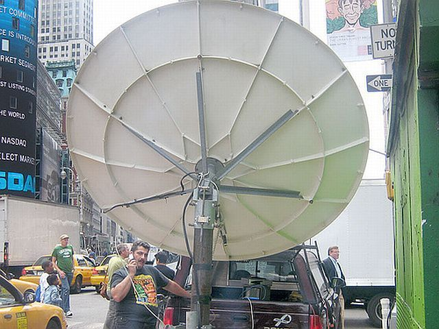 Satellite dishes will conquer the world (37 pics)