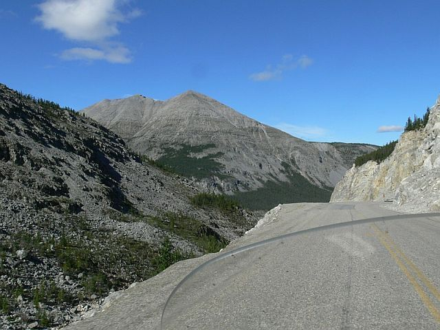 A small photo-journey to Alaska (34 pics)
