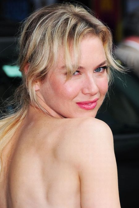 Renee Zellweger at best of her shapes (13 pics)