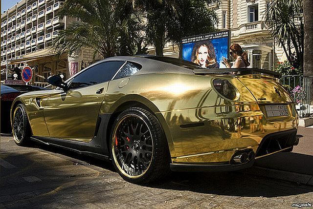 Golden Ferrari 599 GTB from Hamann (18 pics + 1 video)