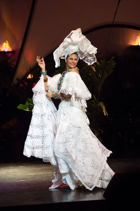 National costumes at Miss Universe 2009 (50 pics)