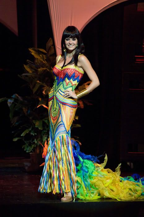 National Costumes At Miss Universe 2009 50 Pics -2444