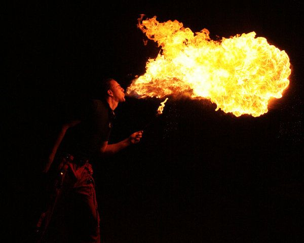 'Play with fire' (32 pics)