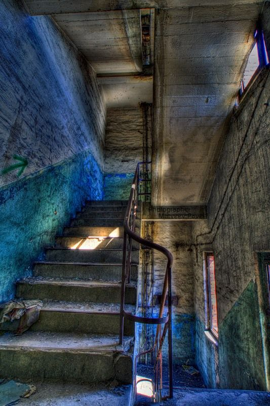 Abandoned industrial sites HDR pictures (24 pics)