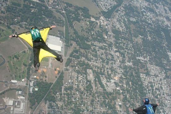 Base jumpers (32 pics)