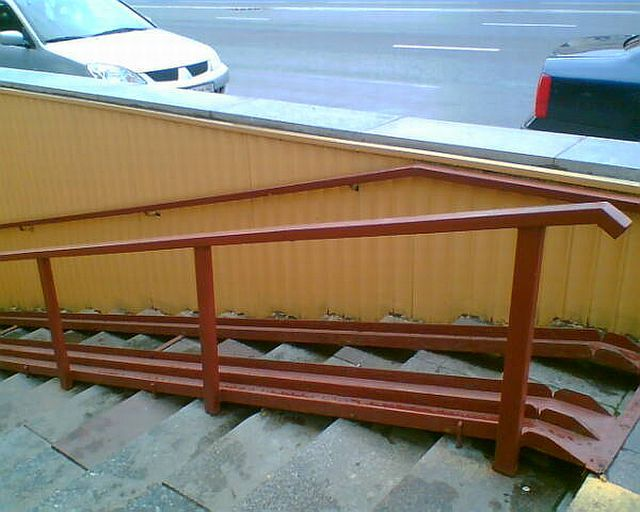 Wheelchair ramps can be different (42 pics)