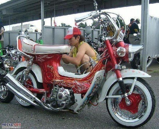 Awesome mopeds (38 pics)