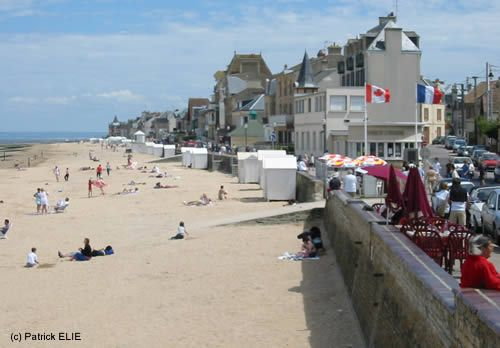 Normandy during WW2 and now (204 pics)