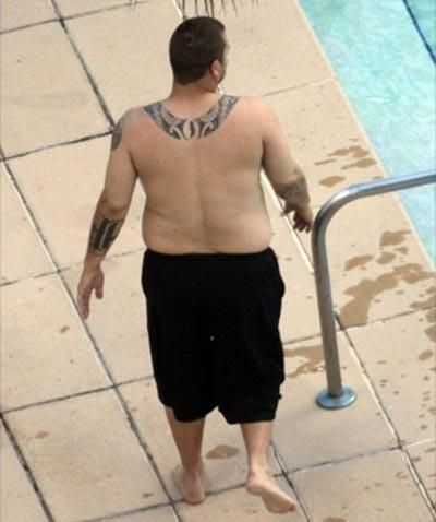 While Britney Spears is getting in shape, her ex-husband Kevin Federline doesn't care about his body (7 pics)