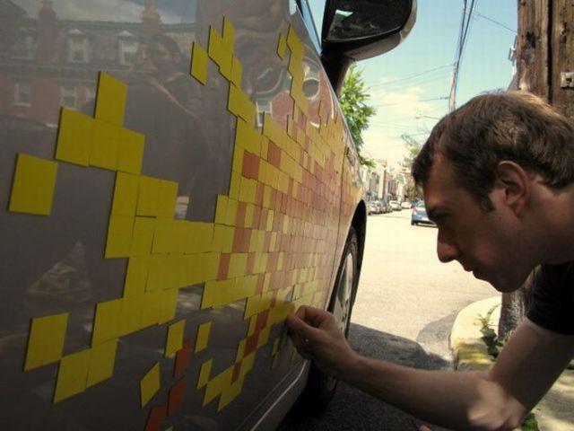 Pixel flame on a car (13 pics)