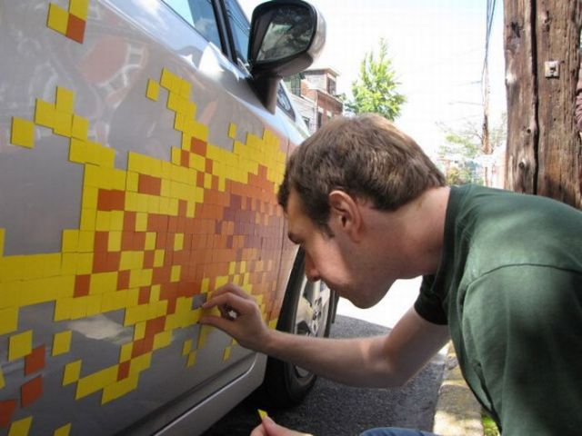 Pixel flame on a car (13 pics)