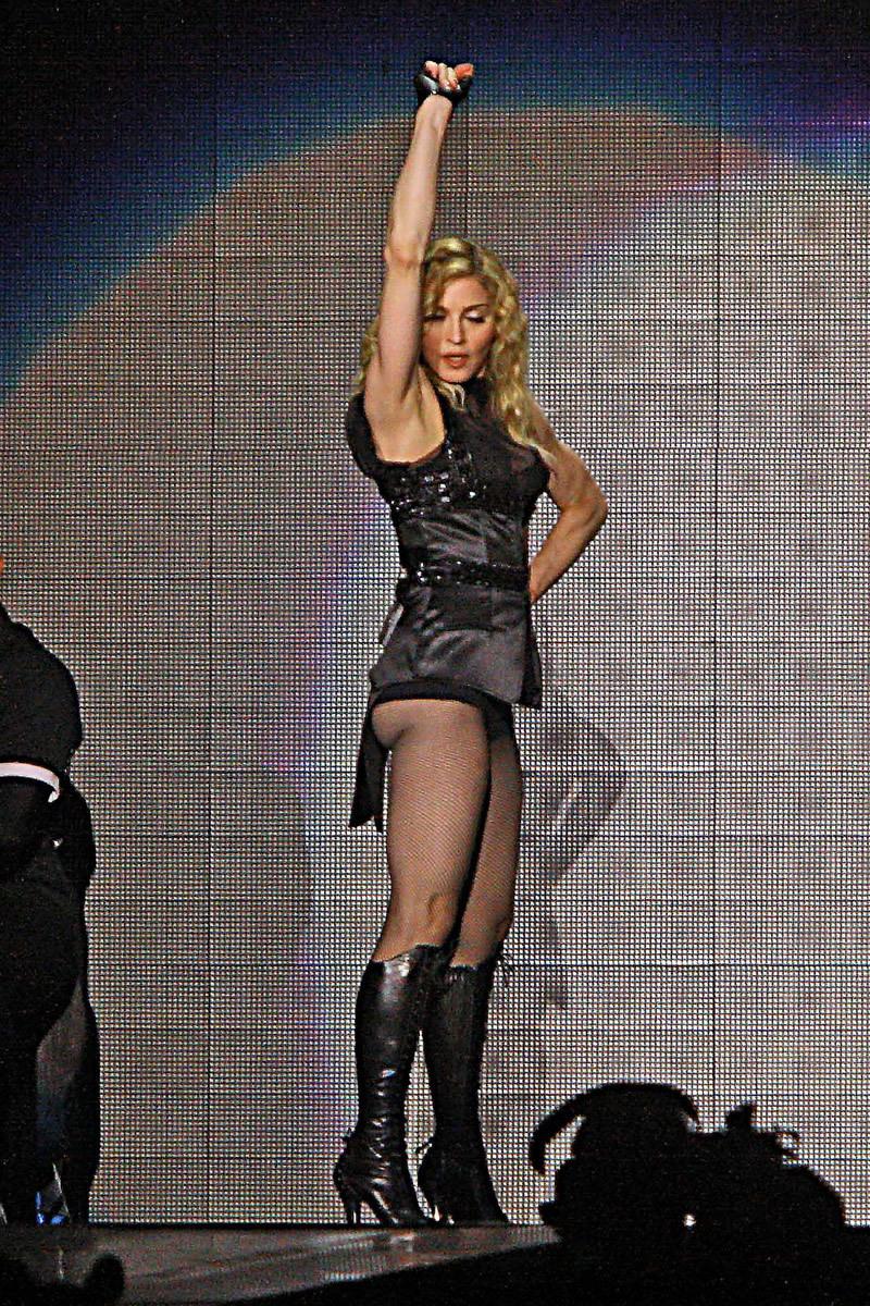 Madonna performing live in Tel Aviv, Israel (9 pics)