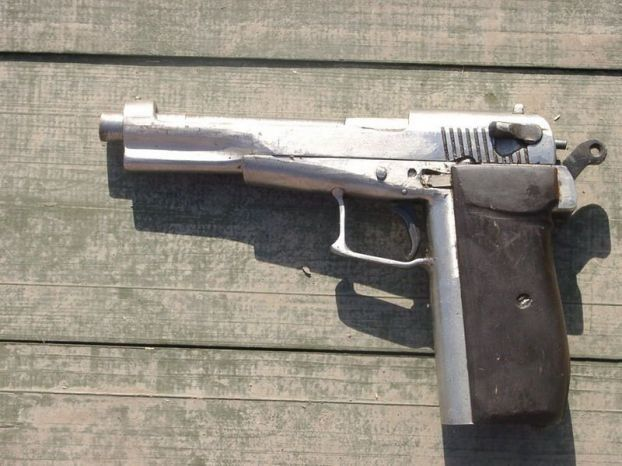Self-made weapons of Chechen fighters (13 pics)
