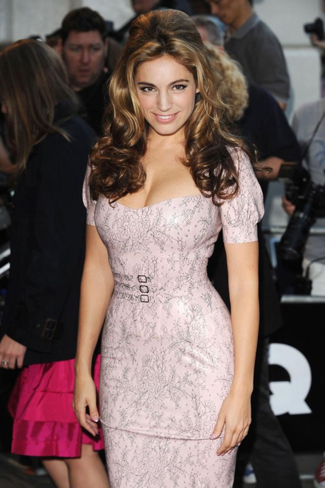 Kelly Brook (9 pics)
