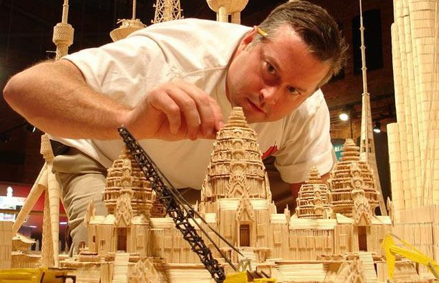 A miniature city made out of millions of toothpicks (16 pics)