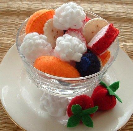 Plush food (20 pics)