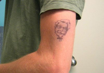 The most horrible food tattoos (24 pics)