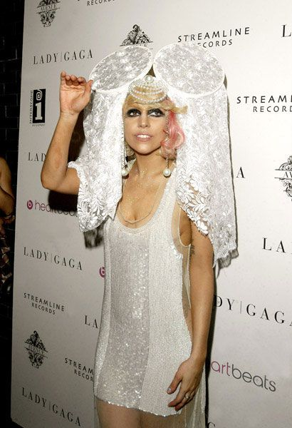 Lady Gaga at VMA (17 pics)