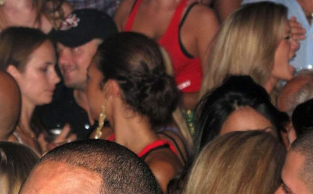 Leonardo DiCaprio having a night out at a nightclub (10 pics)