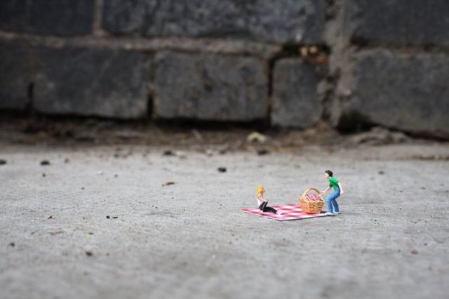 The story of little people – a cool art project (39 pics)