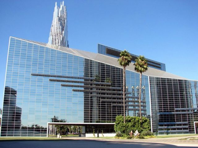 The Crystal Cathedral (57 pics)