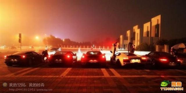 Supercars in China (35 pics)