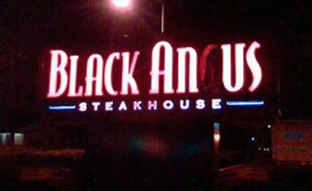Hilarious neon signs (18 pics)