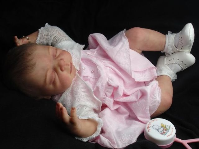 """Almost """"real"""" baby dolls (31 pics)"""