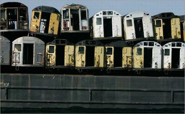 What they do with old cars of the New York subway (10 pics)