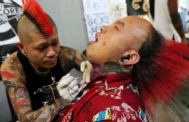 9 International London Tattoo Convention (17 pics)