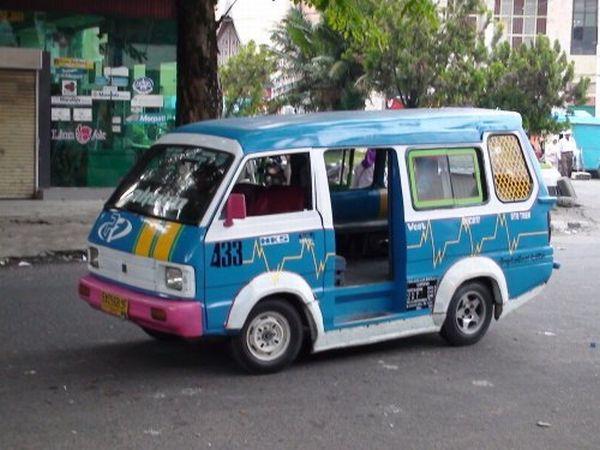 Indonesian shuttles (17 pics)