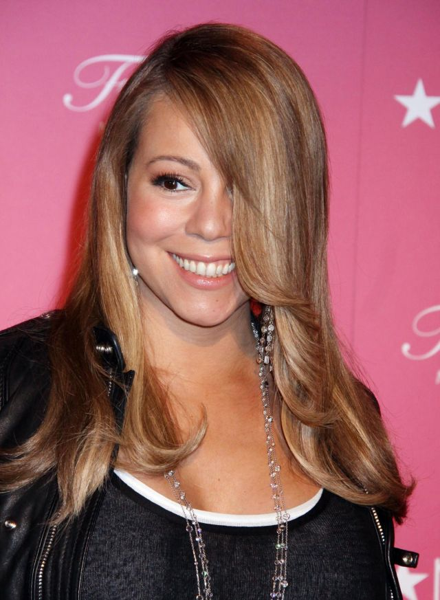 Mariah Carey got an extra weight (9 pics)