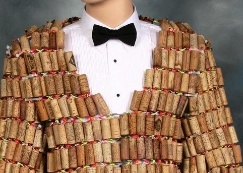Another way of using bottle corks (8 pics)