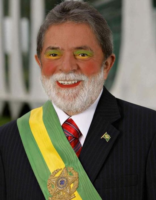 Politicians wearing make-up (17 pics)