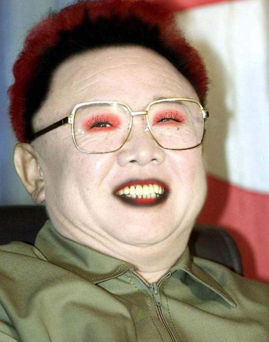 Politicians wearing make-up (17 pics)